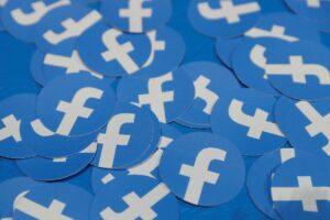 Best SWOT Analysis of Facebook